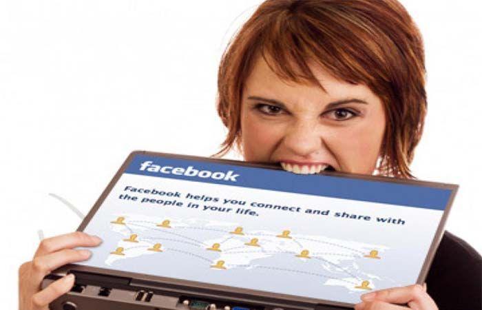No todas las personas que revisan Facebook puedan padecer estos males.