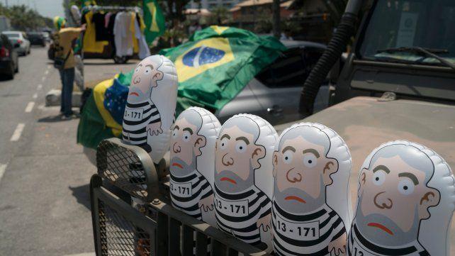 La luna de miel de Bolsonaro con los mercados sufre su primera crisis