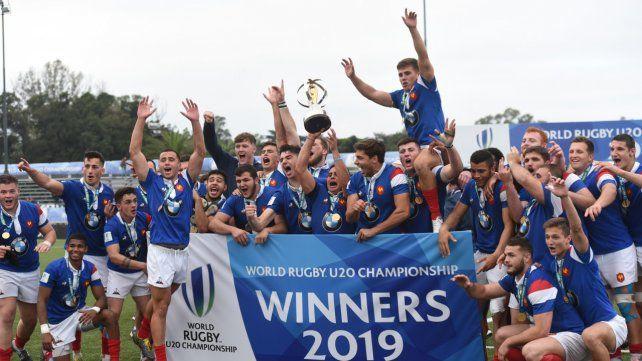 Rugby champagne. Francia jugó un partidazo y se consagró en el hipódromo.
