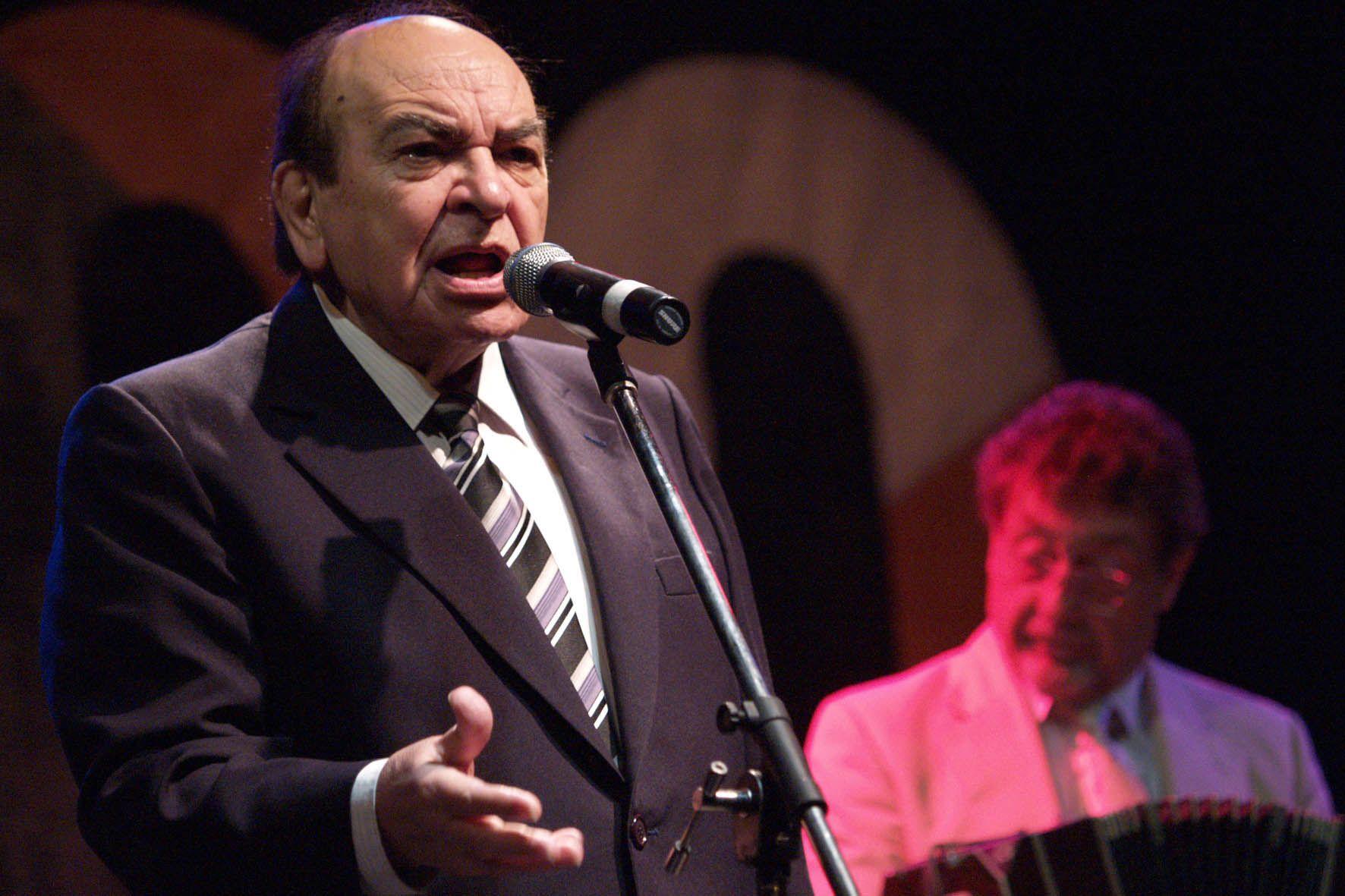 El intérprete cantó junto a Julio Sosa y Carlos Di Sarli.
