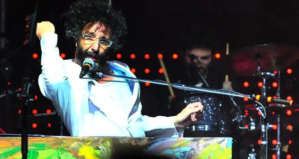 Adelanto del nuevo disco de Fito Páez que mañana canta en Rosario