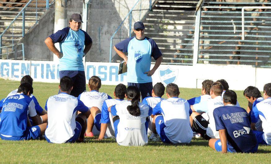 A trabajar. Los entrenadores serán los responsables del equipo en la próxima temporada que comenzará en agosto.