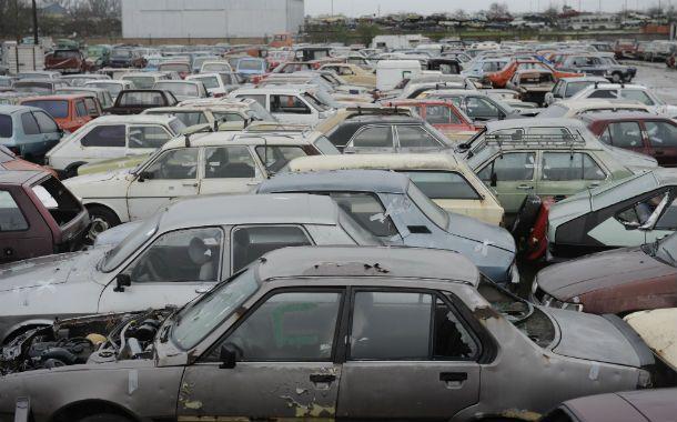 El depósito de vehículos de zona oeste fue allanado por la sección Sustracción de Automotores de la UR II. (Foto: S. Suárez Meccia)