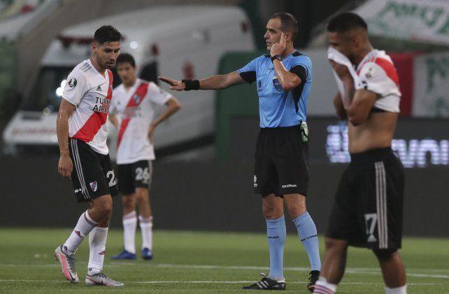 Se conocieron los audios y videos del VAR de las jugadas polémicas de River-Palmeiras