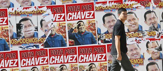 La publicidad electoral de Chávez cubre a Caracas y a casi todo el país.