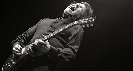 Guitarra vas a llorar: murió Gary Moore, uno de los grandes violeros de rock y blues
