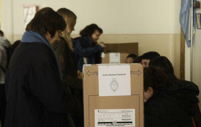 Comenzó el operativo para el resguardo de urnas para el escrutinio definitivo