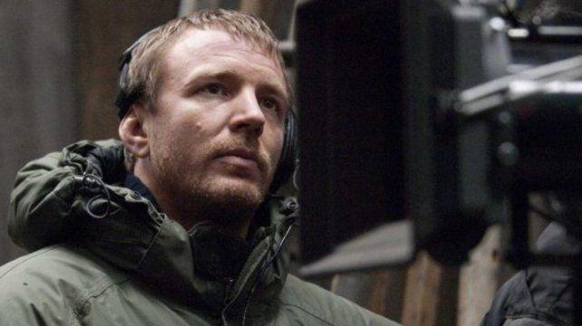 Ritchie filma con un estilo propio y una edición que le da a sus películas un ritmo constante.