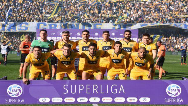 El once auriazul todo de amarillo el día de la victoria sobre Talleres y antes frente a Atlético Tucumán.