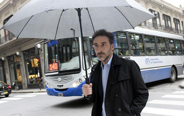Paraguas. Villalonga ayer en Rosario