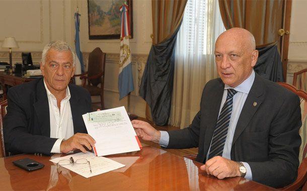 Lorente agradeció a Bonfatti por la velocidad en la que se gestionó el apoyo económico.