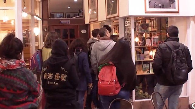 Descuento peronista en una librería rosarina: 49 por ciento