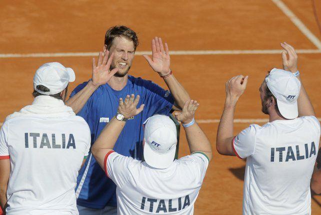 Festejo. El equipo italiano celebra los dos puntos conseguidos ayer.