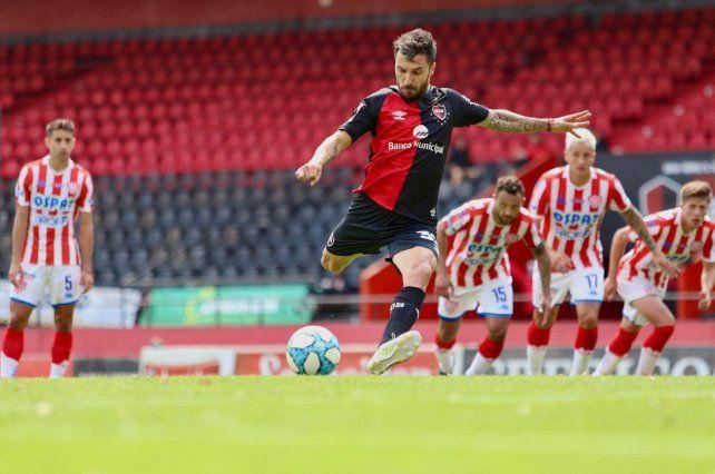 Scocco anotó el gol de Newells en el amistoso del sábado ante Unión.