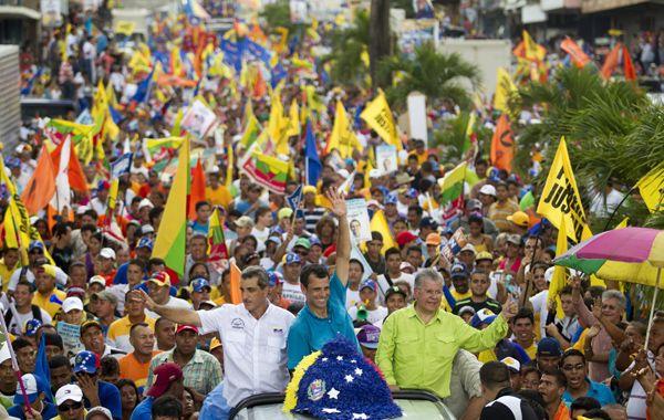 Capriles (ctro.) convocó una multitud en el estado de Yaracuy.