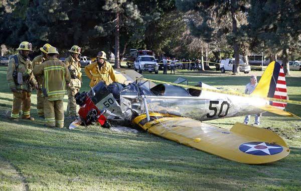Harrison Ford no puede contra su pasión por volar. Ya sufrió varios accidentes.