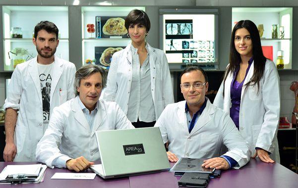 Area 23. Historias de vida de un equipo científico en un laboratorio.
