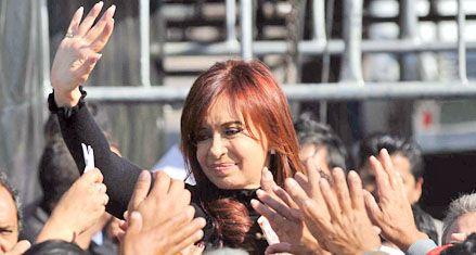 Cristina denunció extorsión gremial y puso condiciones a su candidatura
