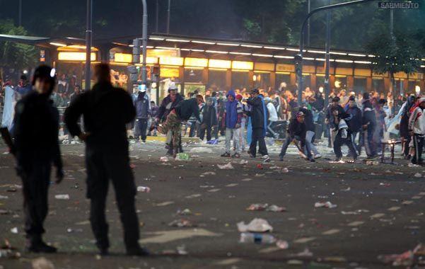 Campo de Batalla. Las peleas entre barrabravas ahora se dirimen mayormente en la calle. El Estado está ausente.