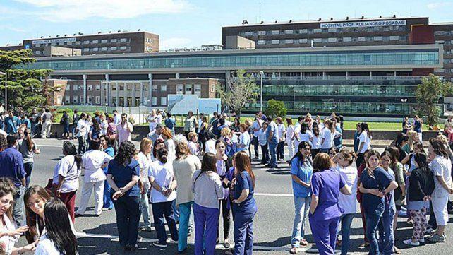 El sindicato de médicos denuncia despidos