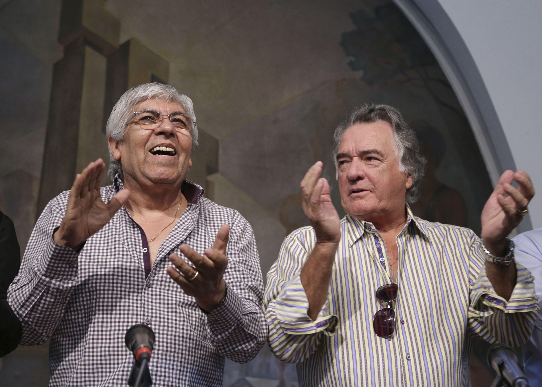 Hugo Moyano hizo su balance del paro nacional en una conferencia de prensa en la que lo acompañaron Luis Barrionuevo y Pablo Micheli.