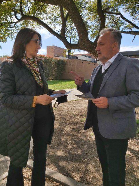 Maria Eugenia Bielsa y Marcelo Lewandowski compartieron una actividad y una foto para la campaña.