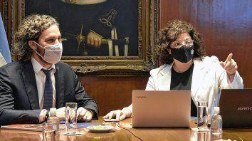 La Ministra de Salud de la Nación,Carla Vizzotti junto al Jefe de Gabinete de Ministros, Santiago Cafiero, en el marco del primer COFESA que encabeza Vizzotti.