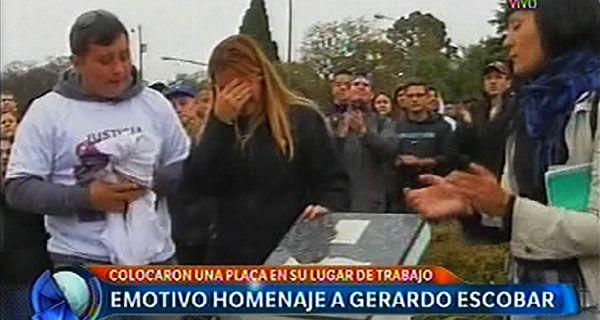 Homenaje a Gerardo escobar