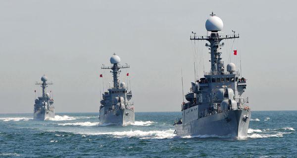 Seúl demuestra su poderío naval en medio de tensión con Norcorea