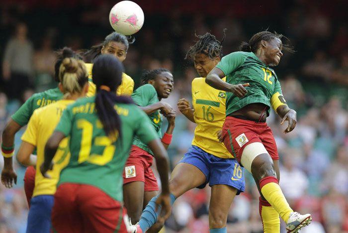 El fútbol femenino dio el puntapié inicial de los Juegos Olímpicos