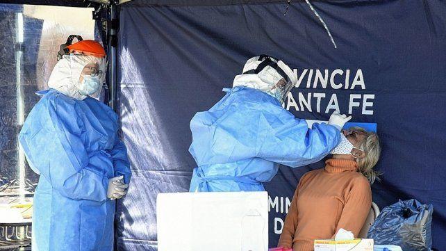 coronavirus-la-provincia-santa-fe-este-domingo-se-registraron-1464-contagios-y-13-personas-fallecida