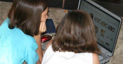 Internet versus televisión: ya hay empate en el consumo de los adolescentes