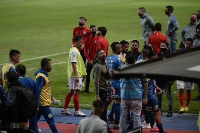 La actitud patotera del Kily González en cancha de San Lorenzo no cayó nada bien en el seno dirigencial.