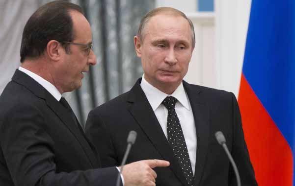 Alianza. Hollande pidió al líder del Kremlin ayuda militar tras los atentados.