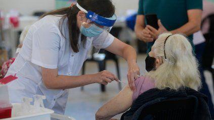 La provincia confirmó que dialoga con Córdoba y Entre Ríos para adquirir vacunas