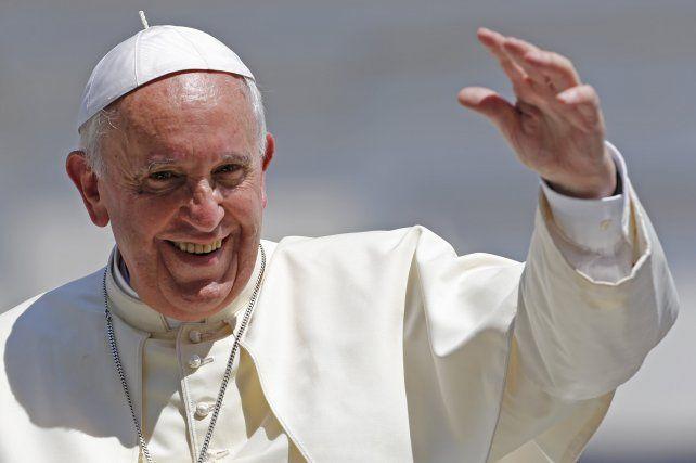 Los diáconos son el primer peldaño de la jerarquía católica y aunque pueden pronunciar sermones durante la misa y oficiar bautizos