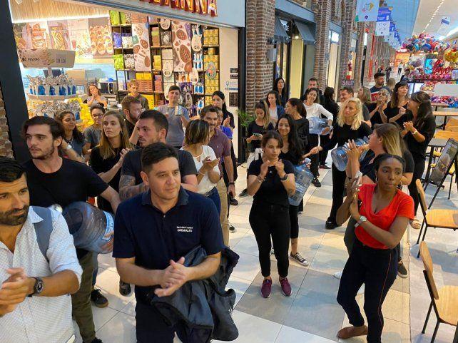 Empleados del Alto Rosario reclaman que cierren los comercios