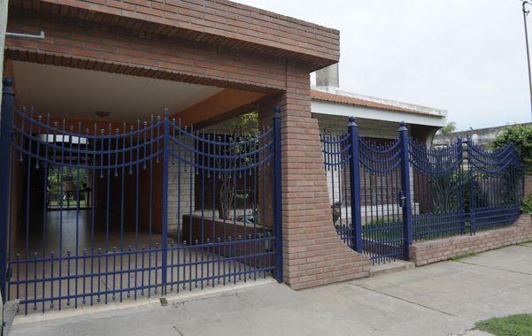 Abierto. El portón de la casa asaltada había quedado sin candado y eso facilitó el ingreso de los ladrones.