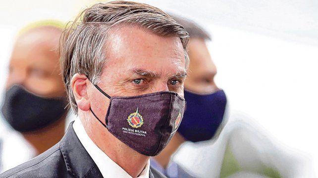 complicado. Bolsonaro es contrario a las cuarentenas y ya echó a dos ministros de Salud.