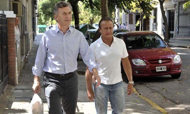 Macri estuvo en Rosario junto al diputado nacional Miguel Del Sel.