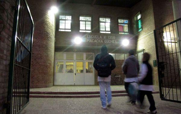 La Escuela Machaca Güemes donde se produjo el robo de las computadoras. (Foto: Alfredo Celoria).