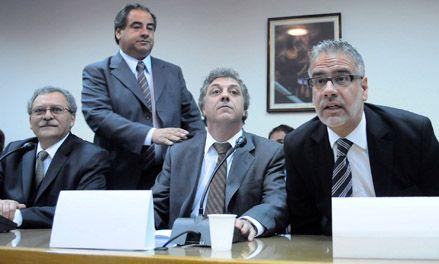 Feletti: Frente a la crisis no hay que dar ninguna señal de contracción