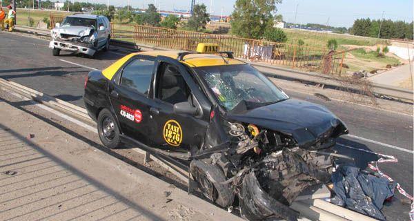 Taxista muere atropellado en Circunvalación cuando reparaba su vehículo