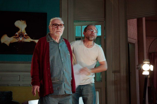 """Acción. Pepe Soriano y el director Gonzalo Calzada en un alto del rodaje de """"Nocturna"""""""