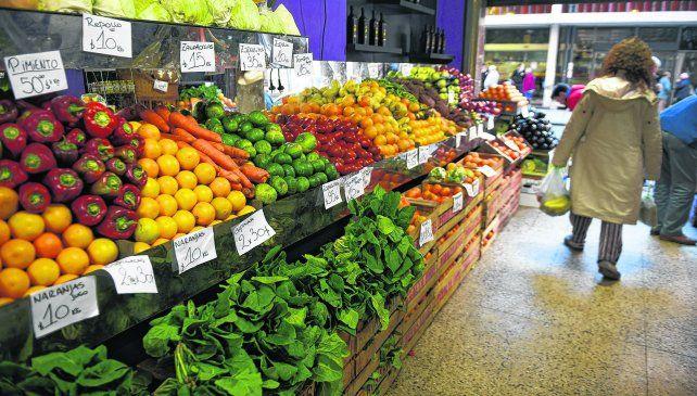 Relevamiento. Las verduras y frutas adquiridas en verdulerías de Rosario  fueron estudiadas en los laboratorios de la Bolsa de Comercio de  Rosario.