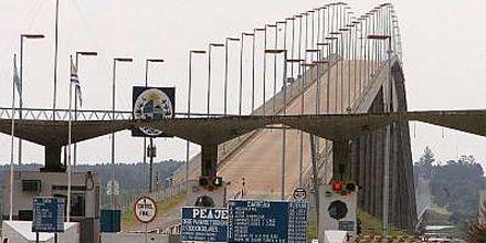 Una sola persona mantiene bloqueada la frontera entre la Argentina y Uruguay