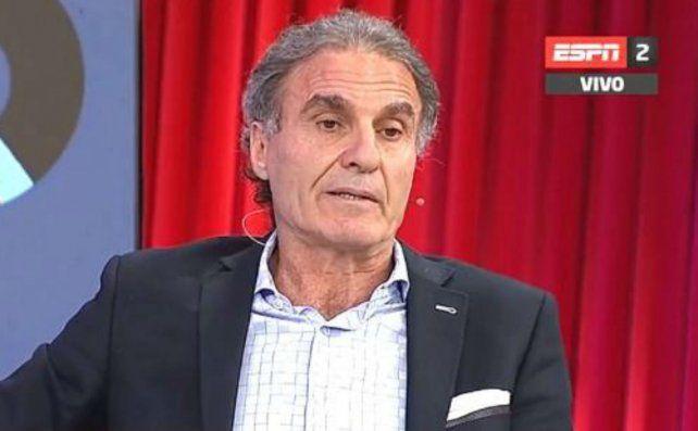 El exfutbolista Oscar Ruggeri disparó contra la clase política argentina y la comparó con San Martín.