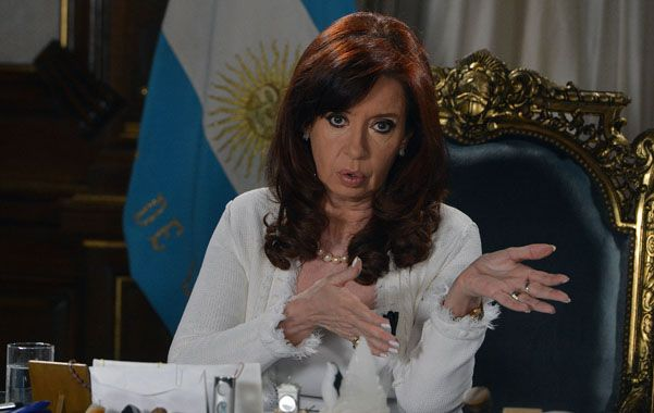 La presidenta habló por cadena nacional y pidió a la oposición que cierre filas por la soberanía.