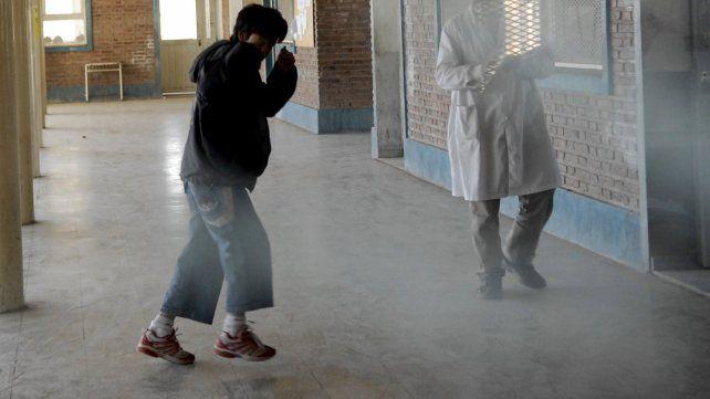 Detuvieron al vicedirector de una escuela por una denuncia de acoso y manoseo