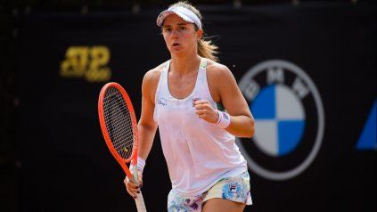Nadia Podoroska sigue subiendo y conviviendo cada día más con lo mejor del tenis mundial.